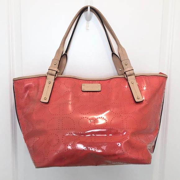 kate spade Handbags - Kate Spade Large Tote Bag